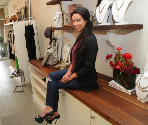 nazy-meknat-fashion-stylist