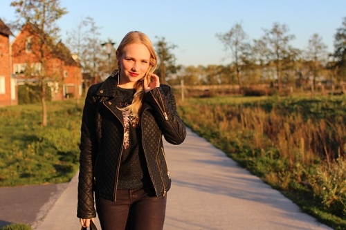 fashionblog-sarandipity-outfitpost-ootd-outfit-glitter-edgy-maisonscotch-leatherjacket